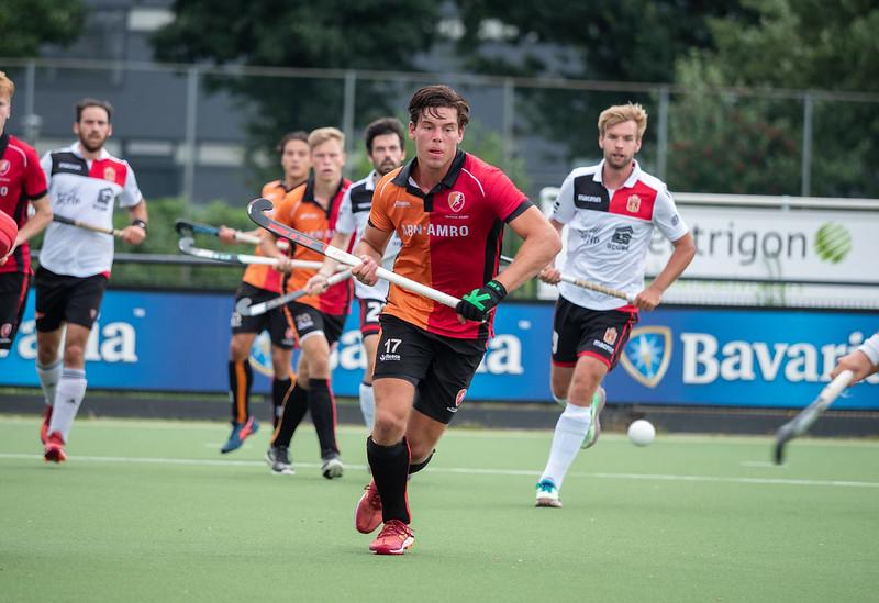 Heren Oranje-Rood winnen van Royal Daring Hockey Club