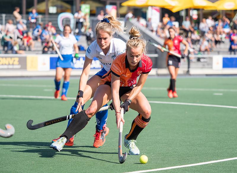 Lisa-Scheerlinck-oranje-rood