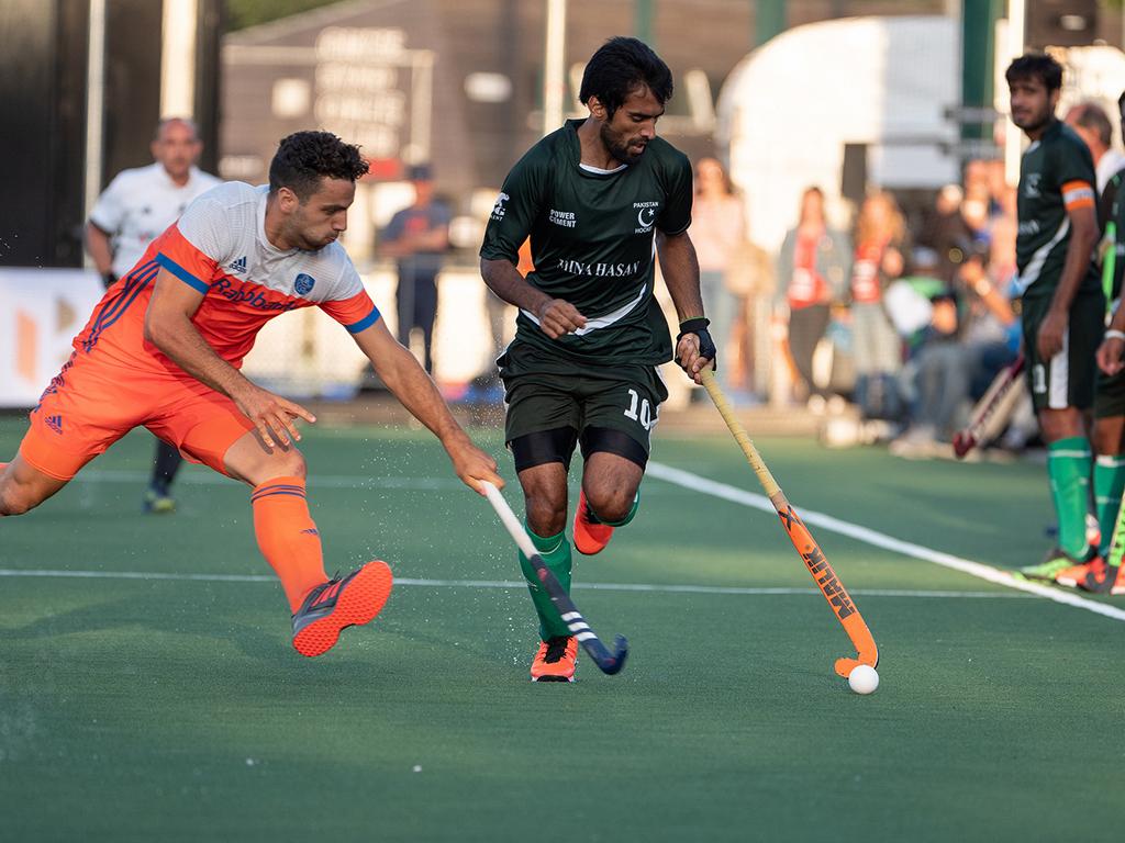 Olympische Kwalificatie: Van der Weerden zet Oranje in de laatste seconde op gelijke hoogte (Eindstand 4 - 4)