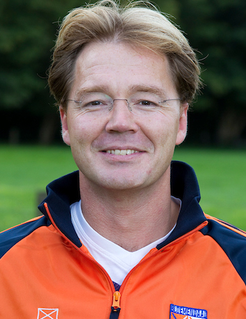 Diederik van Weel assistent-coach Bloemendaal dames 1