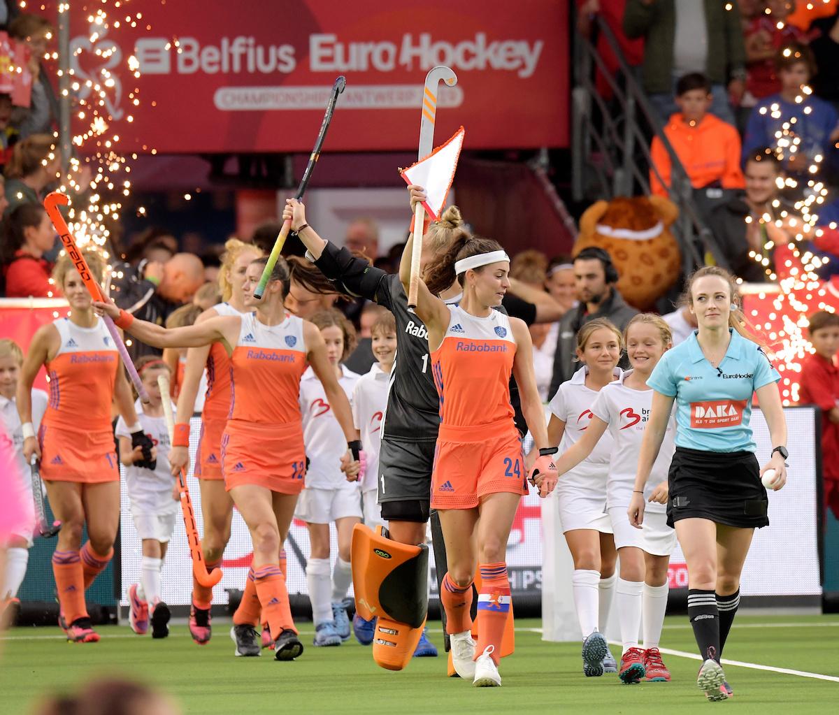 Belgie speelt uitstekend en speelt gelijk tegen de Nederlandse dames