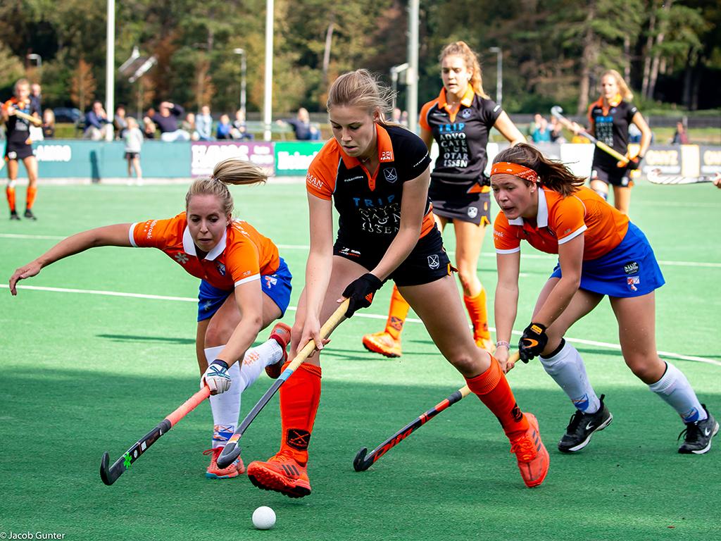 HK foto's (D): Bloemendaal-Groningen 1-0