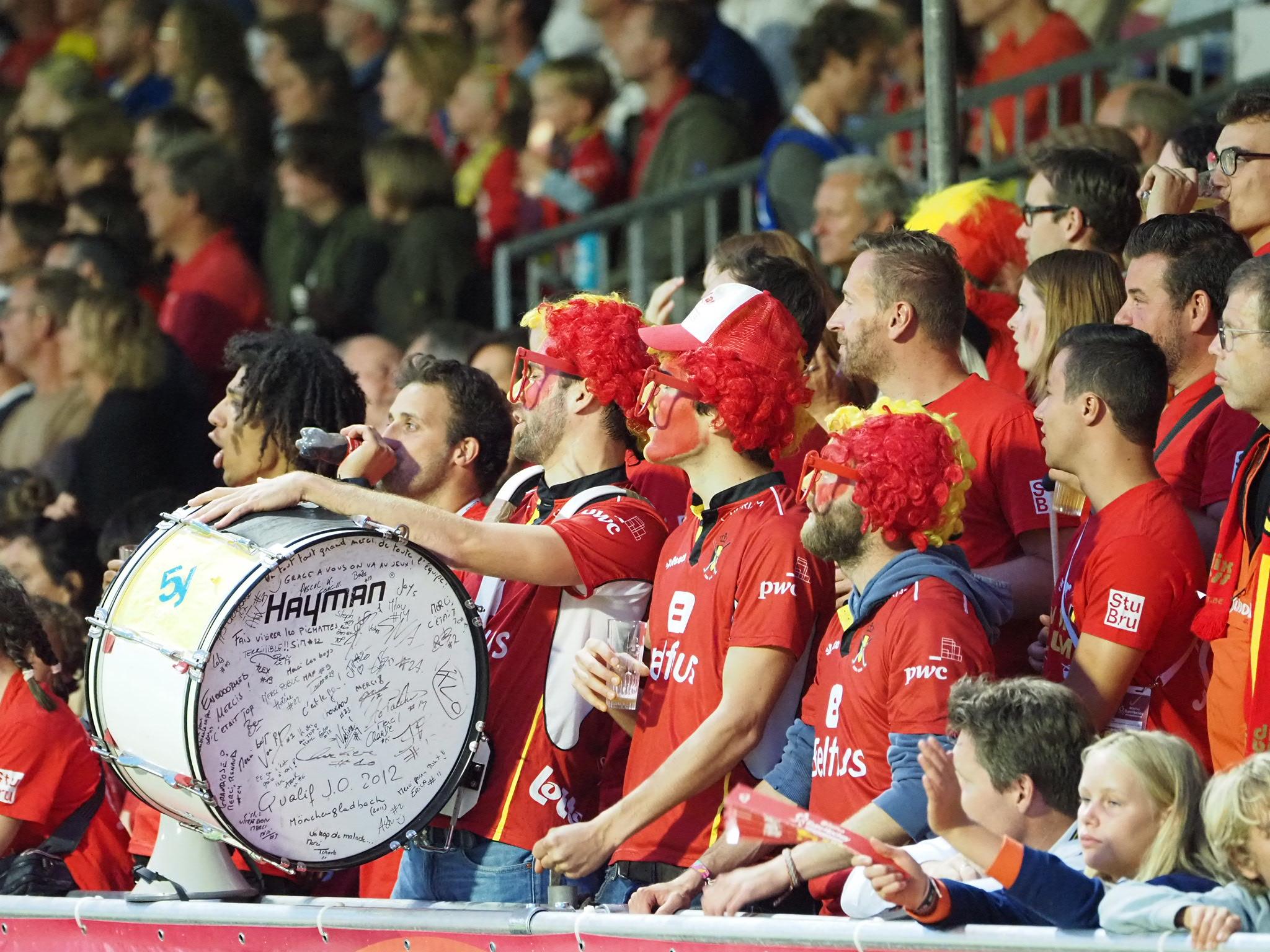 België wint het openingsduel door Spanje met een riante uitslag te verslaan