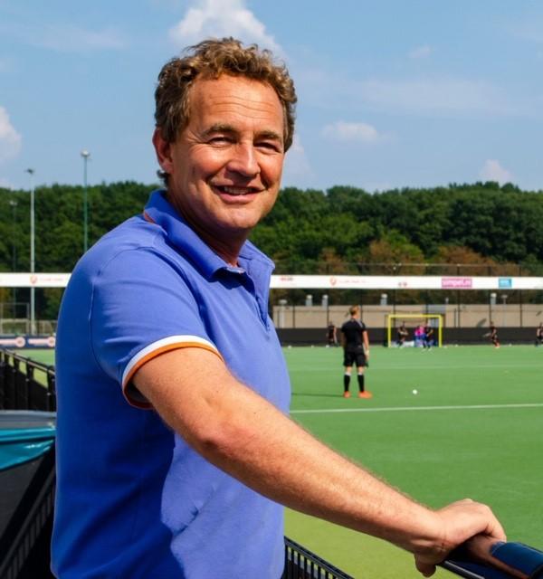 Hockey is Simpel: voorzitter Pieter Janssen over het wel en wee van Oranje-Rood na de fusie