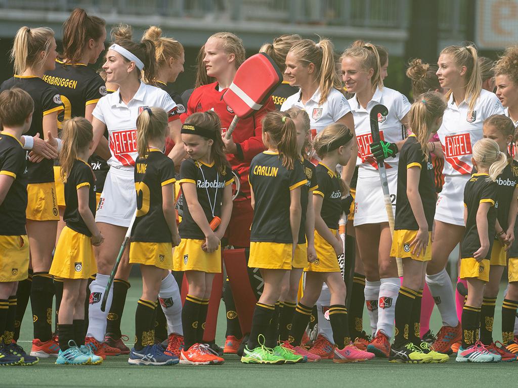 Play-offs HK foto's (D): Den Bosch-Amsterdam 3-2