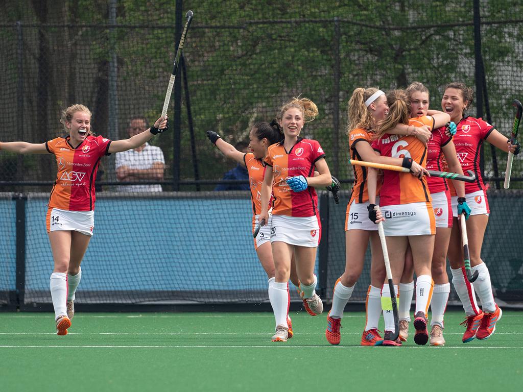 HK foto's (D): Laren-Oranje-Rood 0-4