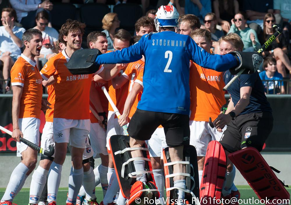 Play-offs HK foto's (H): Amsterdam-Bloemendaal 5-5