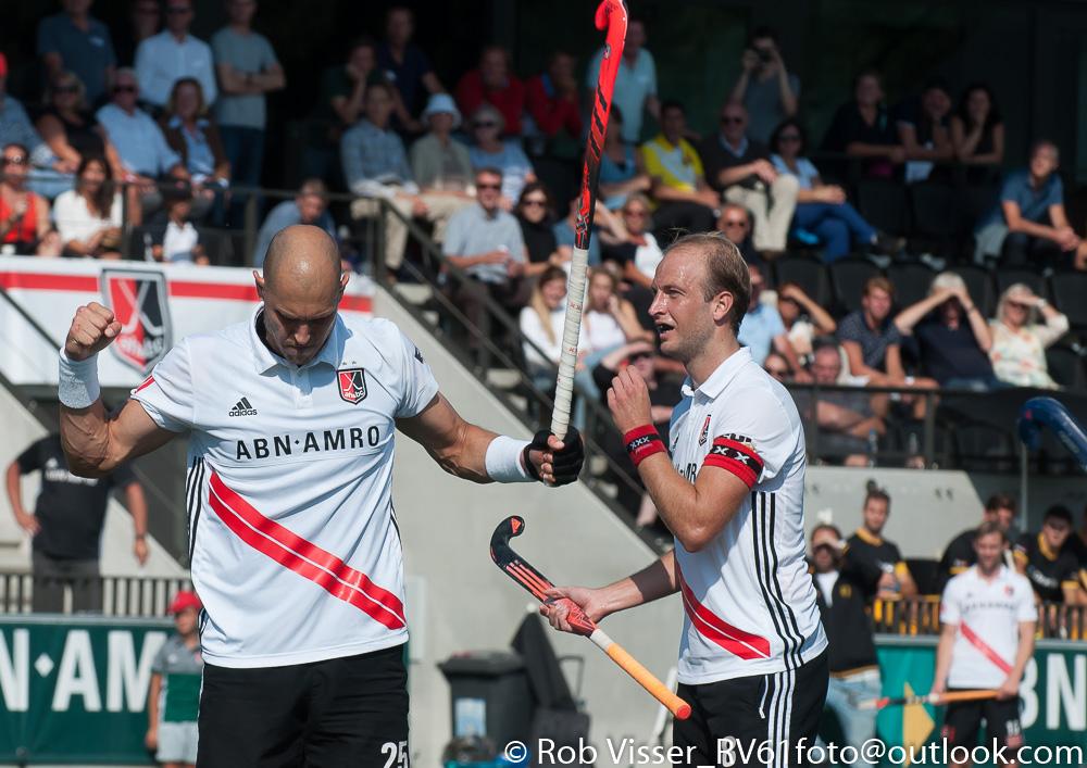 HK foto's (H): Amsterdam-Den Bosch 3-0